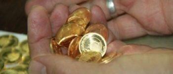 بازار ارز روند کاهشی دارد ، روز آرام بازار طلا و سکه